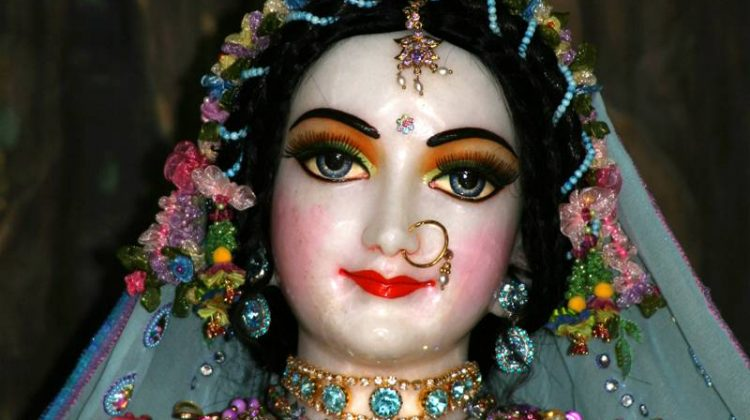 035-Sri_Radha_Close_up