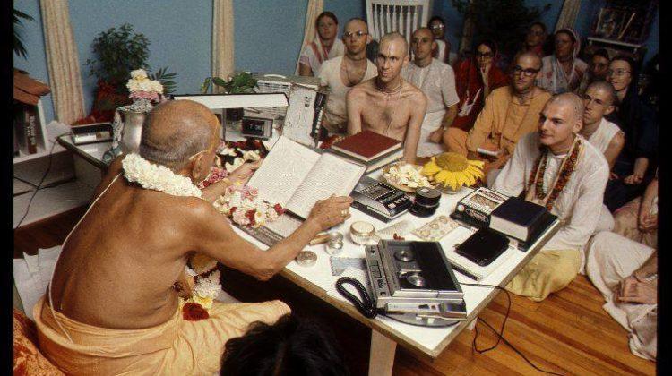 srila prabhupada_writing