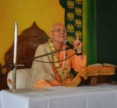 Economics of Mayapur
